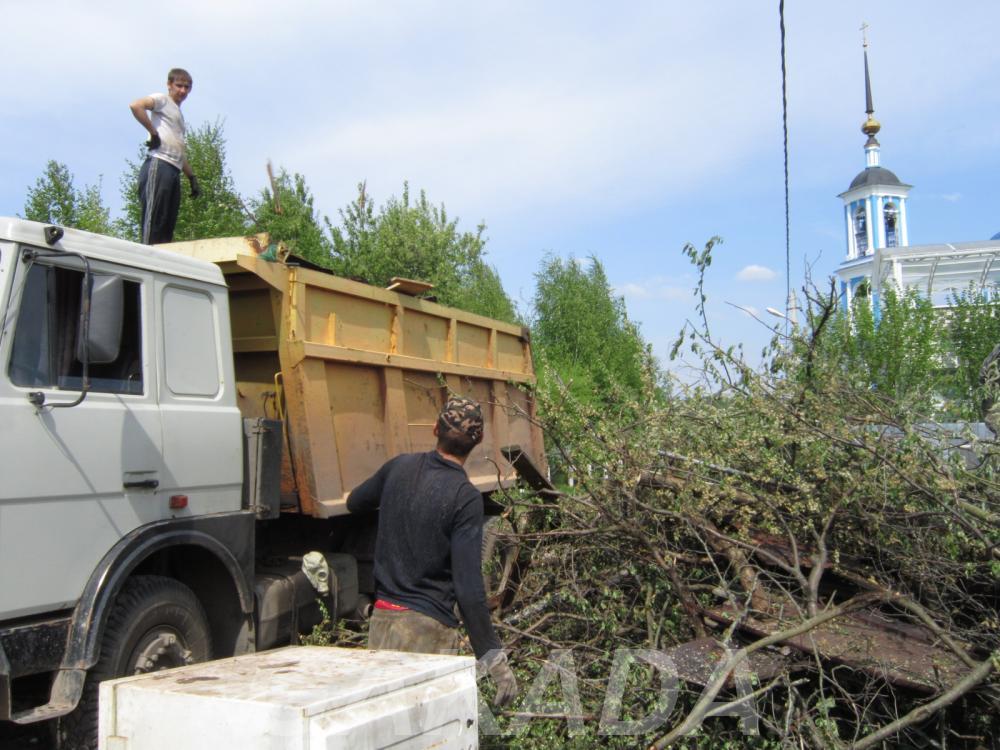 Вывоз мусора несанкционированных свалок спецтехникой, Вся Россия