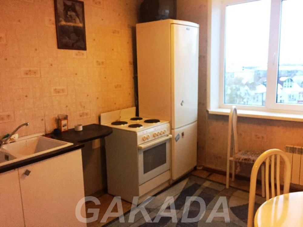 Сдам 1 комнатную квартиру на Октябрьском 61,  Кемерово