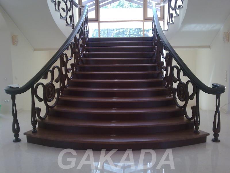 Изготовление лестниц из натурального массива дерева,  Ростов-на-Дону
