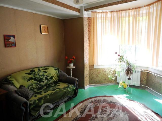 Сдается 2к квартира полногабаритный кирпичный дом,  Новосибирск