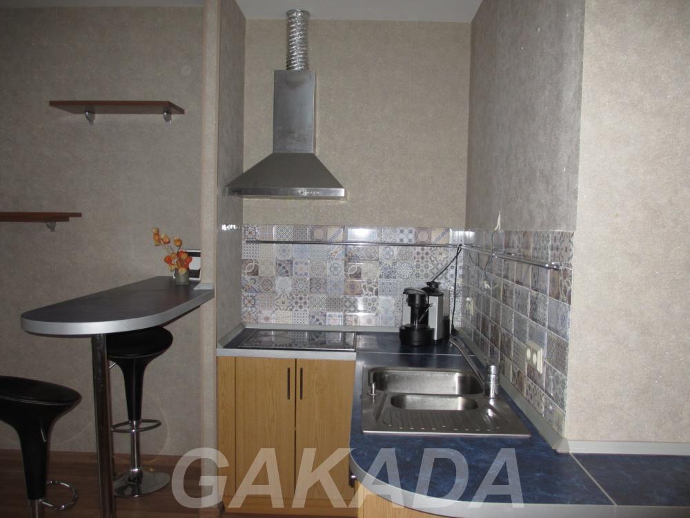 Продаю  студия квартиру 33 кв м,  Санкт-Петербург