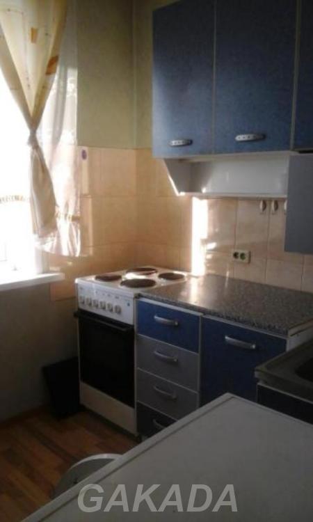 Сдам 1 комнатную квартиру на Молодежном 11б,  Кемерово