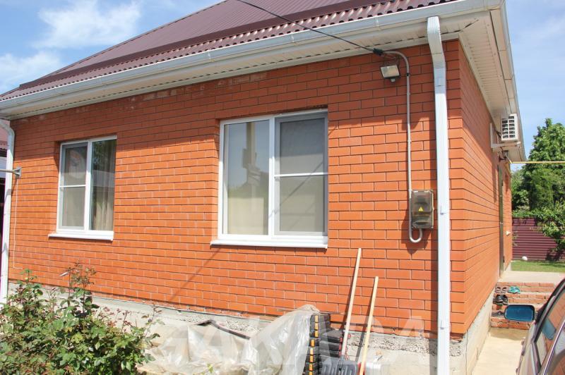 Продается кирпичный дом с ремонтом и газом,  Краснодар