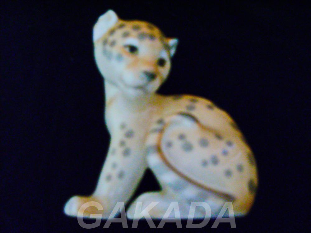Фигурка сидящего леопарда, Вся Россия