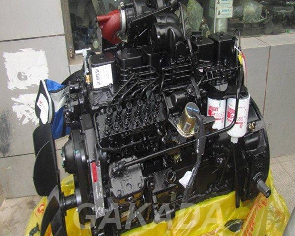 Двигатель для экскаватора HYUNDAI R210,  Иркутск
