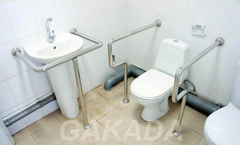 Специальные поручни и оборудование для туалетов и ванн,  Москва