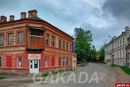 Сдаётся оригинальное помещение кафе клуба в центре г Псков,  Псков