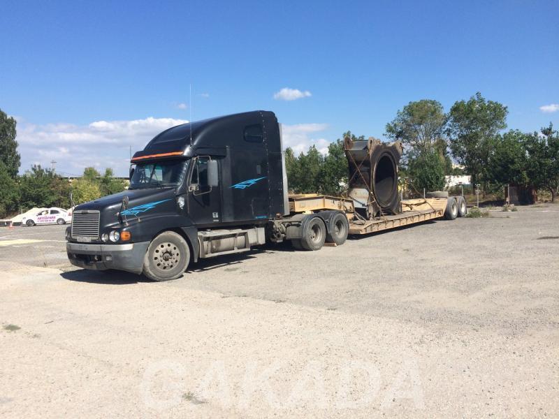 В аренду тягач грузовой Freightliner Century до 35 т, Симферополь