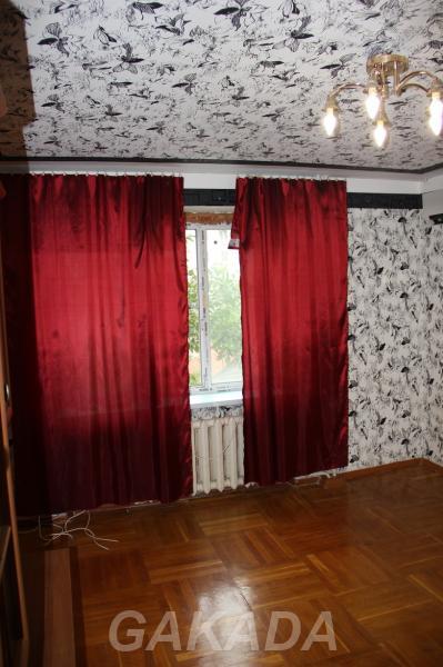 Двухкомнатная квартира с ремонтом рядом со школой,  Краснодар