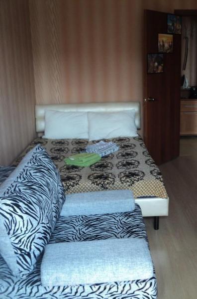 Квартира на часы и сутки в БЦ Медведь,  Ижевск