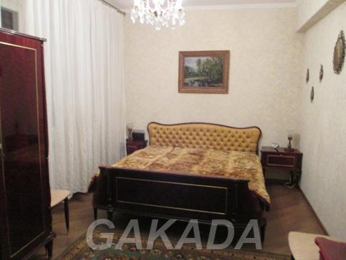 Сдаётся комната в 3 х комнатной квартире на сутки и на час,  Москва