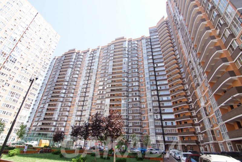 Превосходная 2 комнатная квартира в ЖК Москва Видовой этаж,  Краснодар