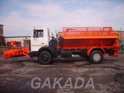 Съемное пескоразбрасывающее оборудование на шасси а м МАЗ,  Смоленск