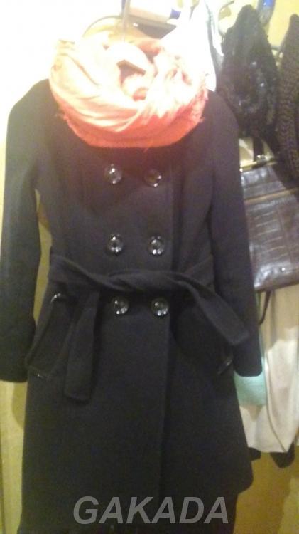 Продам пальто 42 44 черное,  Тамбов