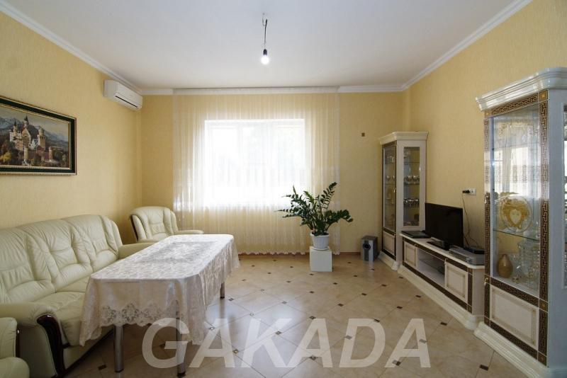 Роскошный 2 этажный дом с центральными коммуникациями и ма,  Краснодар